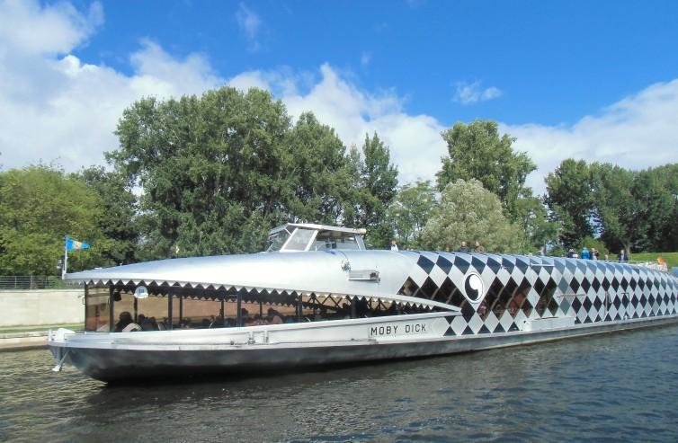 Ein gefährlicher Gefährte: Das Schiff Moby Dick