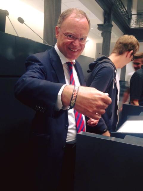 Auch unser Pate, Ministerpräsident Stephan Weil,setzt ein Zeichen gegen Rassismus.