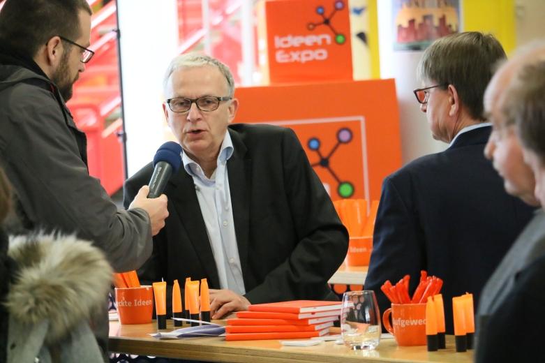 Prof. Dr. Jürgen Leohold im Gespräch mit NDR