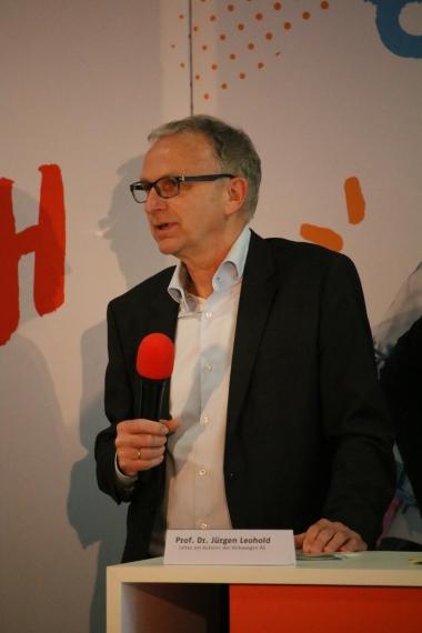 Prof. Dr. Jürgen Leohold - Leiter der AutoUni von Volkswagen